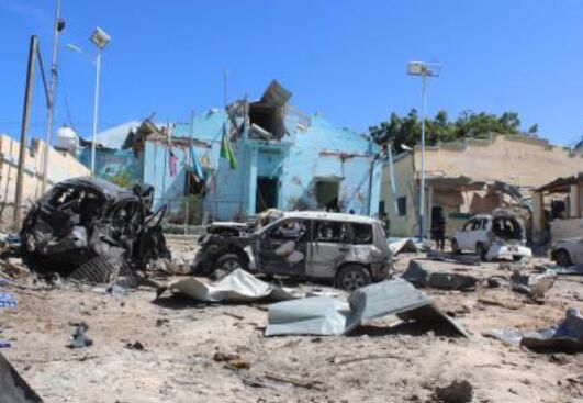 索马里首都一检查站遭袭致2死11伤
