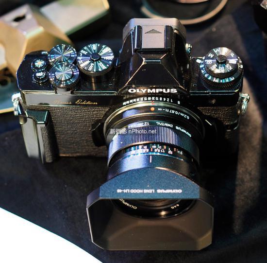 奥林巴斯CP+展示超高颜值黄铜版OM-D相机