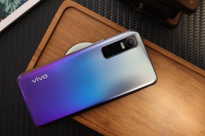 vivo S7e评测:轻薄时尚6400万超清影像系统的5G手机