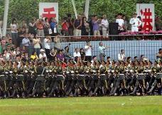 驻香港部队组织2019年军营开放活动