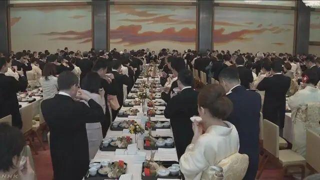 天皇寿宴,安倍及各界470人参加