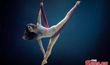 Tianjin hosts dancing in midair contest