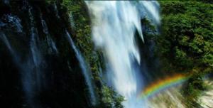 安庆岳西大别山彩虹瀑布