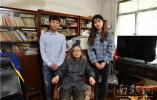 住着未装修的房子,97岁老教师17年资助60名大学生
