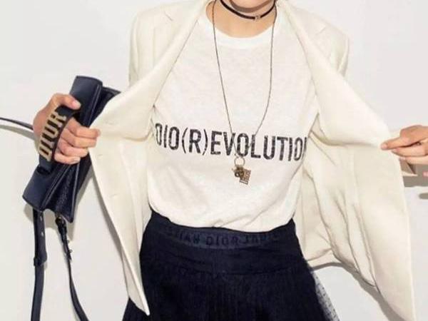 上演女性主义华丽变革