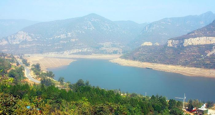 河南跑马岭地质公园风光
