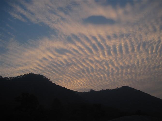 地震云能不能预测地震?学界还存在争议。