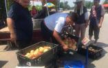 【闪电新闻·助农行动】济南南山桃不愁卖了!超市收购、自驾采购,周末购桃还有了公交专线