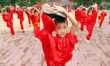 Passing down Chinese kung fu