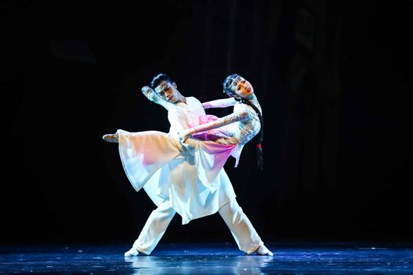 飘摇老汉口,风雨花楼街,武汉歌舞剧院原创舞剧《江湖》相约国家大剧院