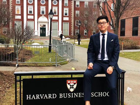 90后创办留学生在线付费平台获投资上亿元